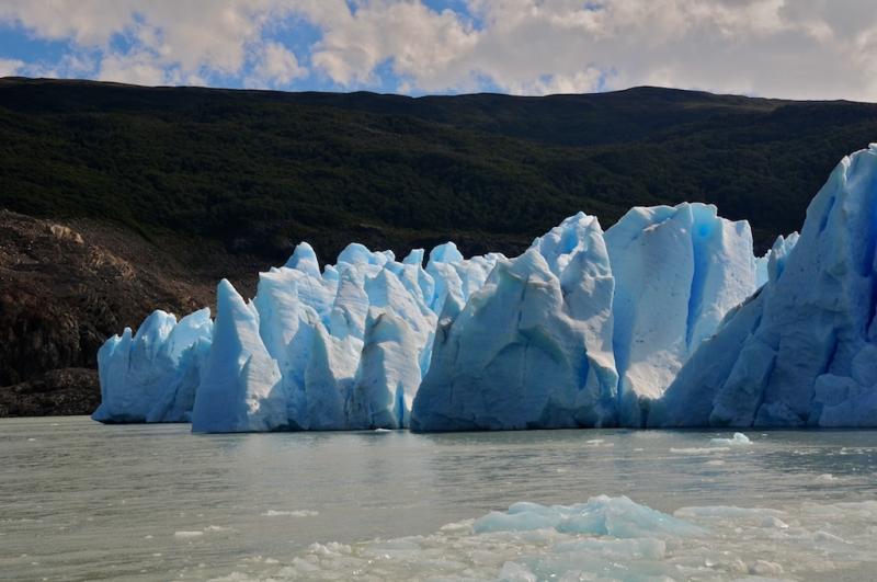 brechen eismassen vom gletscher nennt man das