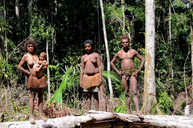 papua-2012-tag13-kuruwai-1346