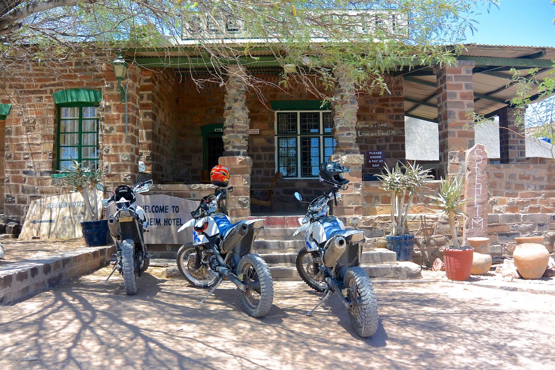 Tag-04-Namibia-Motorrad-0279