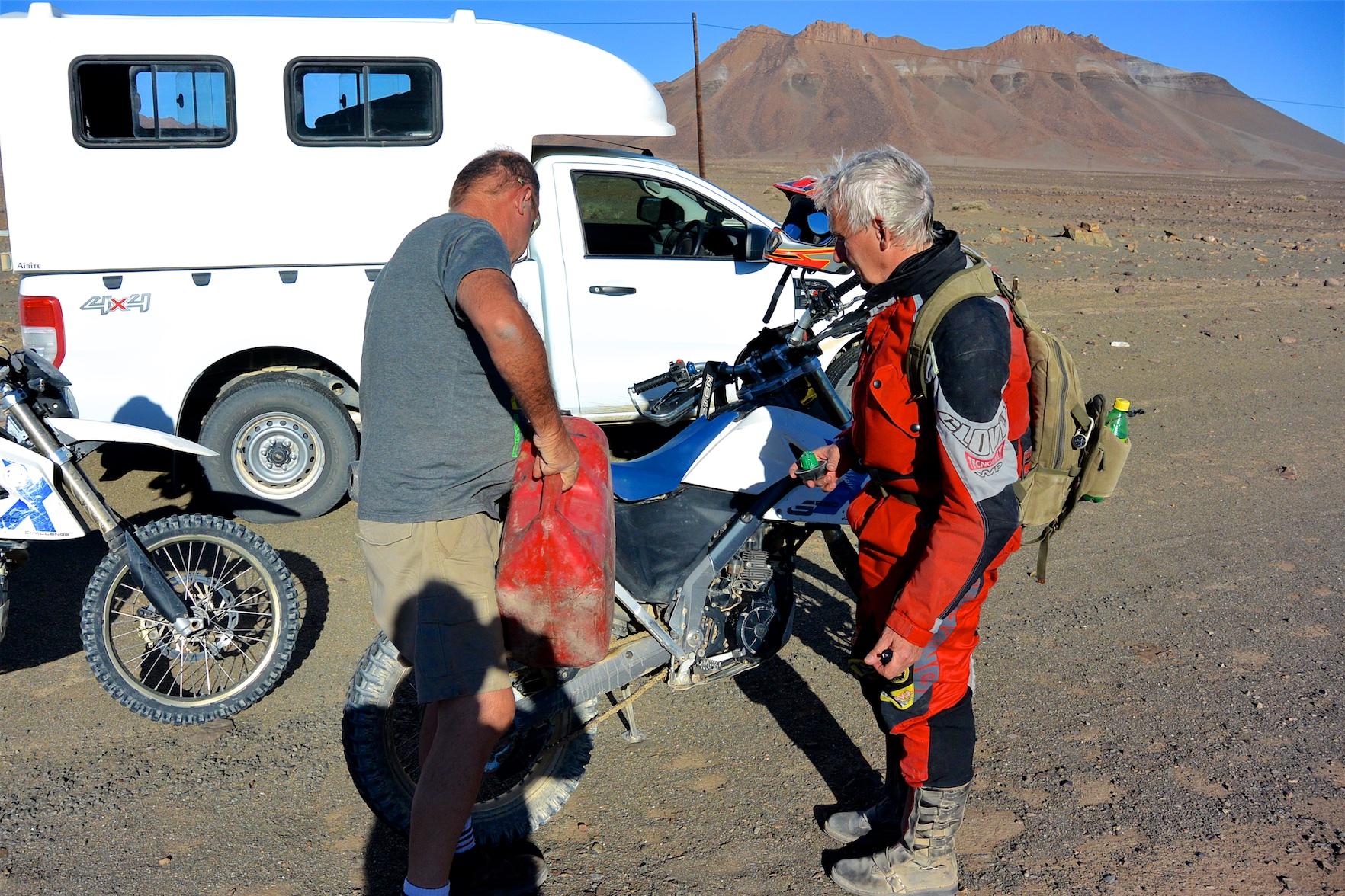 Tag-05-Namibia-Motorrad-0457
