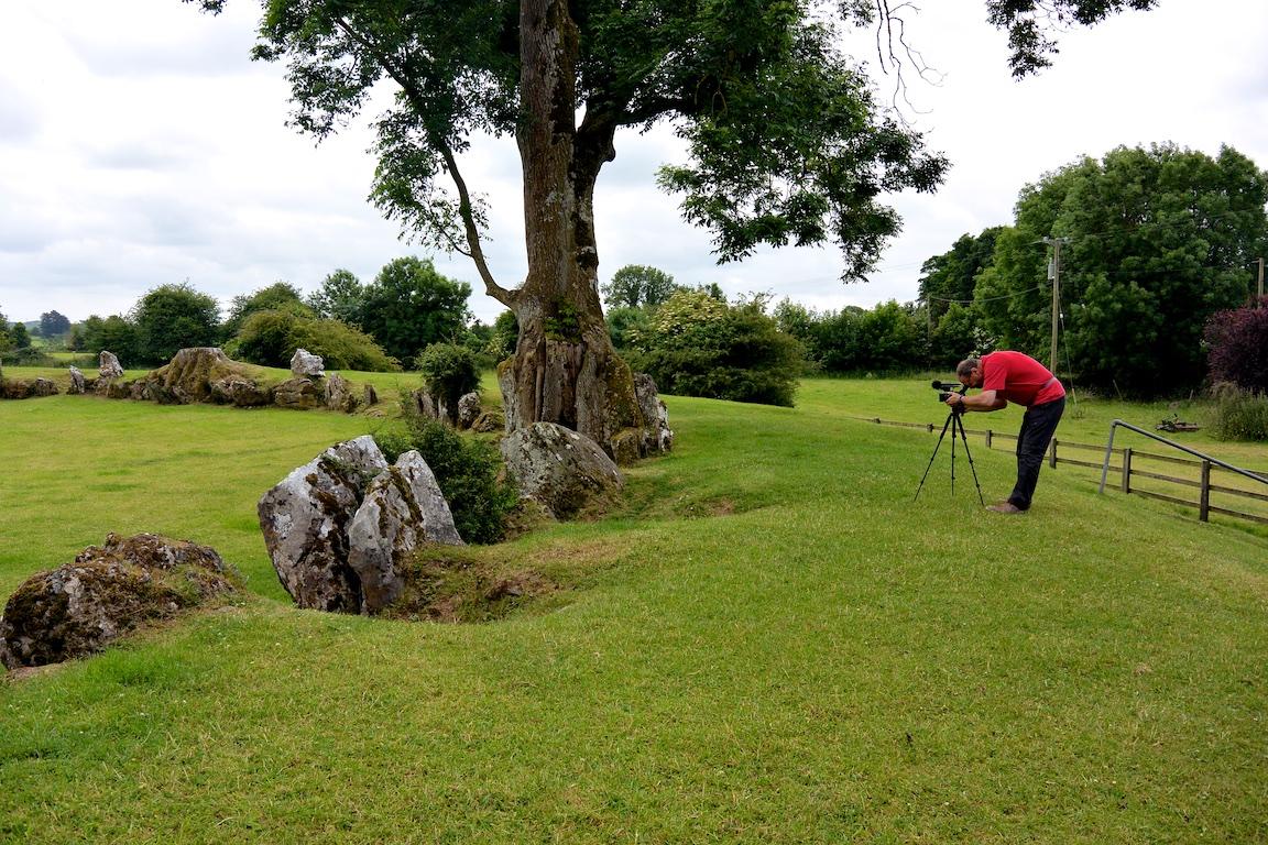 Am Steinkreis von Grange, der größte Irlands
