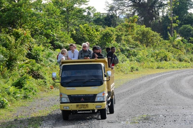 papua-2012-tag09-brazza-0920