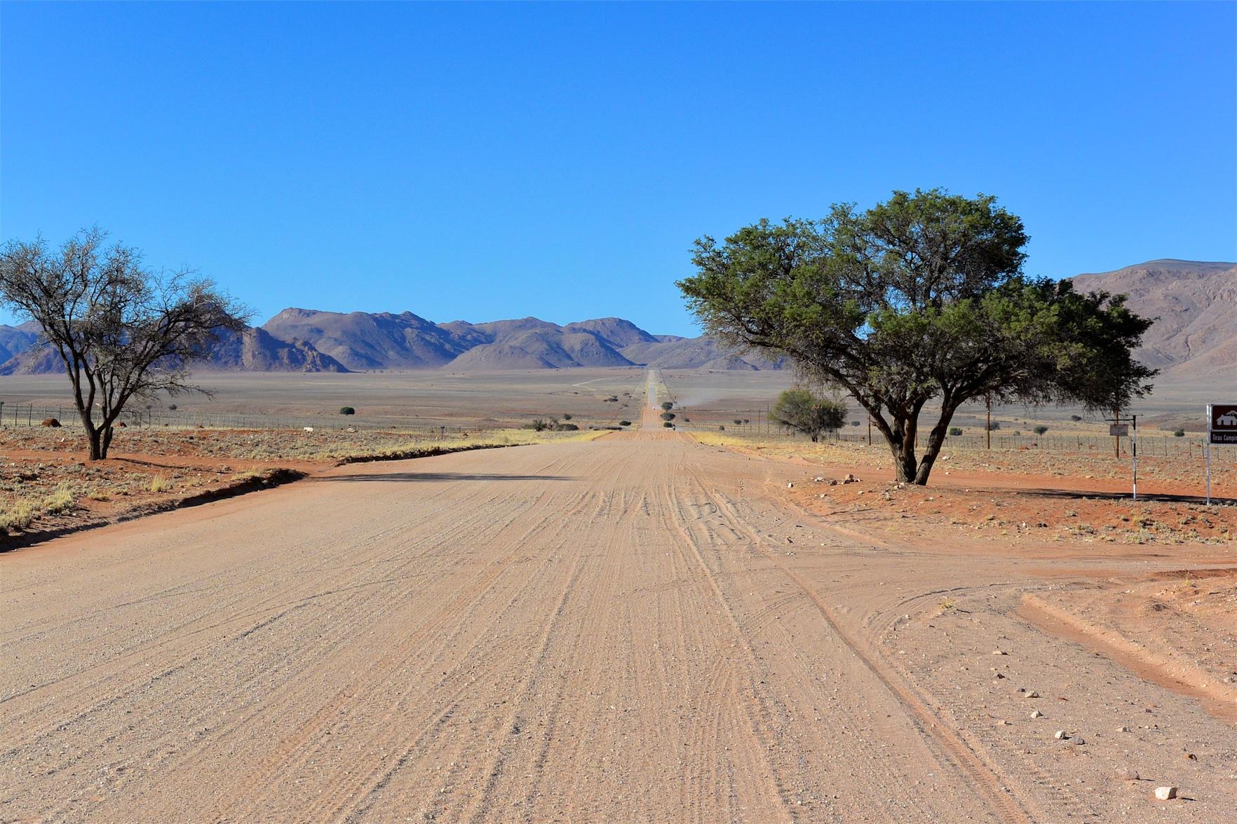Tag-02-Namibia-Motorrad-0058
