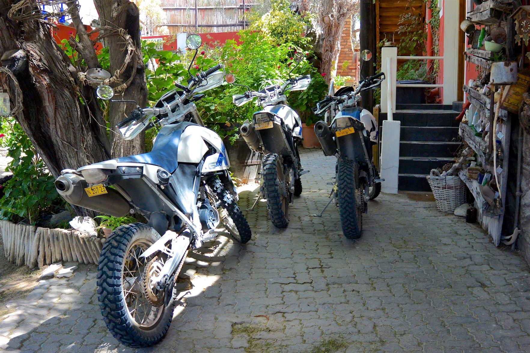 Tag-03-Namibia-Motorrad-0203