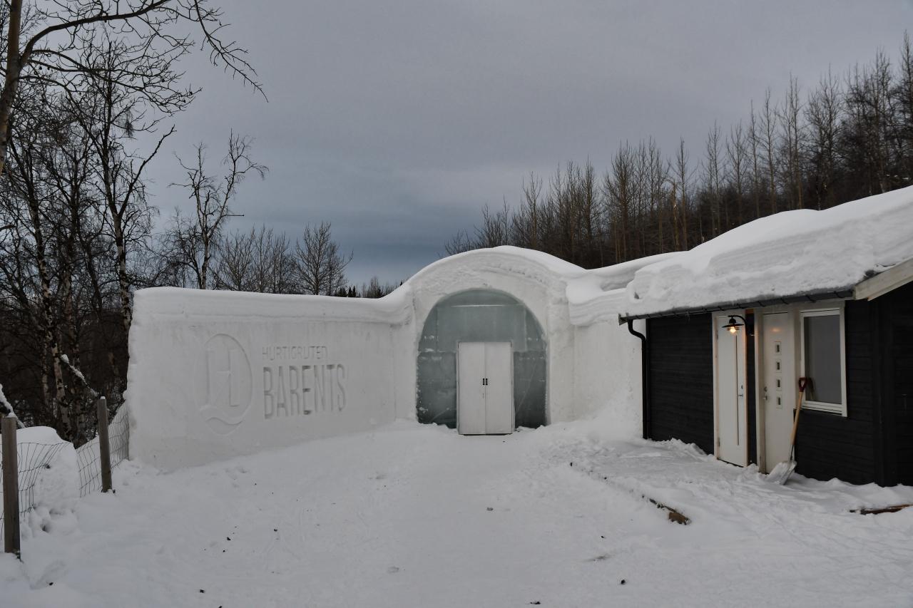 15-Kirkenes-Schlittenhunde-0949