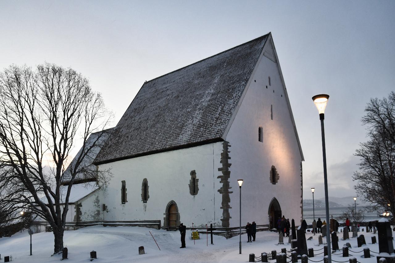 21-Harstad-1115