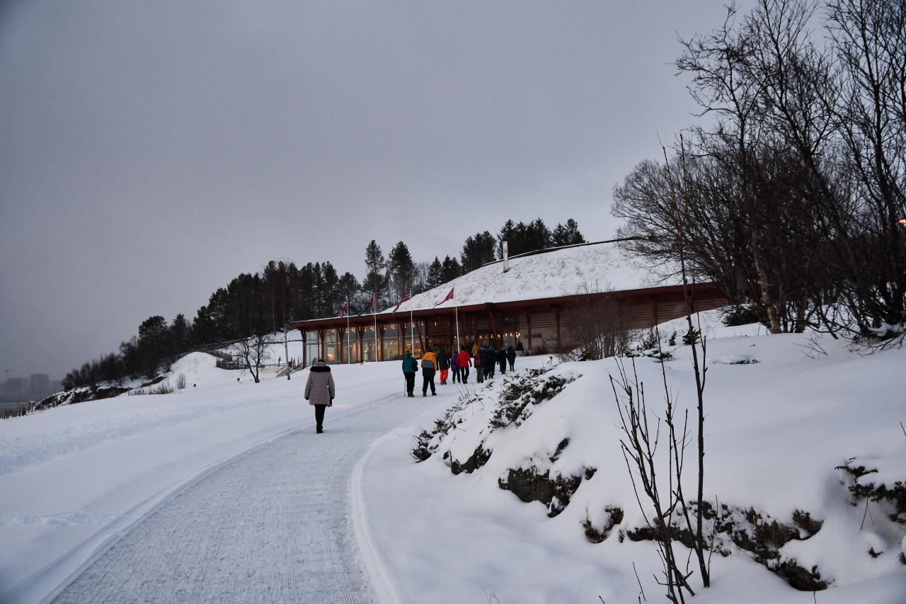 21-Harstad-1124